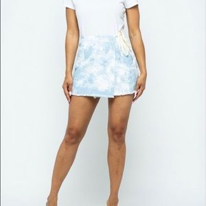 Dresses & Skirts - Tie dye wrap skirt